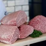 焼肉・冷麺 二郎 - 今回のすごい肉!