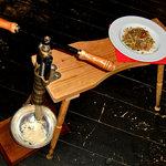 Osteria Matagi - イタリアからのトリキオ(木の台)でのジゴリ(手打ちパスタ)※お客さまの目の前で実演致します!