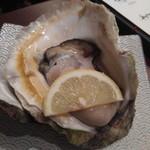 贔屓 - 生牡蠣
