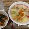スガキヤ - 料理写真:肉入ラーメン+煮玉子トッピング炭火焼豚丼セット