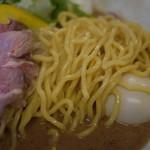 味噌ぶりNoodleみやみや - 味噌ヌードル 麺アップ