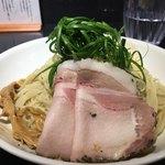 Japanese Soba Noodles 蔦 - 九条ネギ、ガリシア栗豚チャーシュー
