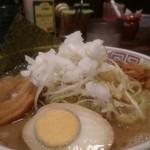 長浜ラーメン - 料理写真:豚骨ネギ醤油、ネギがいっぱいで美味しい。