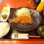 とんかつ かつ庄 - ロースかつ膳(中)