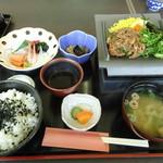 旬鮮美味 - 料理写真:刺身盛り合わせ&瓦そば御膳