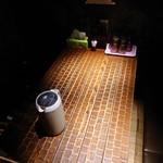 札幌 炎神 - テーブル席:かなりシックです!!