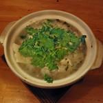 しのだ家 - アサリと豆腐とカブみぞれ鍋