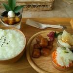 ボヌール - 薬膳粥プレート