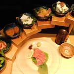 粋な肉 - 前菜の7点盛り合わせ~旬の前菜7点盛り~