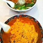 東園 - ダールー麺と豚足そば