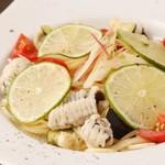 鱧(はも)と夏野菜の冷製パスタ すだち風味