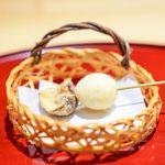 あらいかわ - 鶉の卵、ブラウンマッシュルームの串揚げ