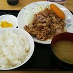 愛鷹パーキングエリア(下り)・スナックコーナー - 焼肉定食コロッケ付800円