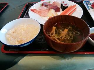 大観荘 せなみの湯 - かに雑炊・吸物・寿司