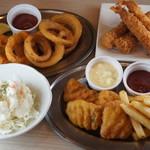 よいまち食堂 - フィッシュ&チップス、リング◎リング、エビフライ、ポテサラ