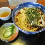 丸美食堂 - 料理写真:花うどん(¥650)