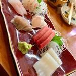 四季の寿司処 すしまる - 新鮮!お造り盛り合わせ