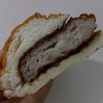 青木屋 - メンチパン