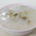 台湾風粥専門店 阿里 - 料理写真:鶏粥