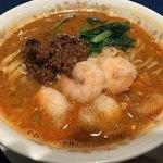 龍鳳 - 挽肉とエビのミックス担々麺
