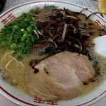 ラーメン池田 - マー油豚骨780円+きくらげ100円