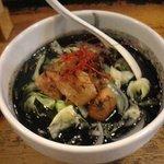 鶏の穴 - 2011年6月限定麺 イカ墨ラーメン