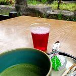 87830473 - お抹茶セット+紫蘇ジュース