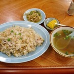 再来飯店 - 料理写真:ロースーチャーハン(大盛り)