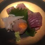 堂島雪花菜 - 【お造り】 ・トリ貝、鯖、ヨコワ、雲丹巻きヒラメ