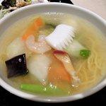 87832902 - 暖中 「ハーフ五目炒飯とハーフ海鮮湯麺のセット」
