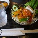 豚竹林 - サラダです ドレッシングは2種類あります