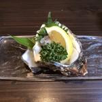 たかにし - 岩牡蠣800円