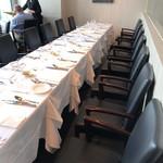 オザミトーキョー - テーブル席