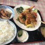 飯山食堂 - 料理写真: