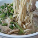 高良食堂 - 中味そばの麺