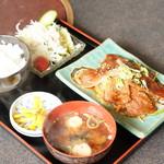 焼肉なりちゃん - 料理写真: