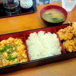 食処 めし - 料理写真:わんぱく定食(からあげ&麻婆豆腐) ¥850