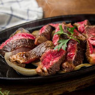 世界のこだわり肉料理をご用意!