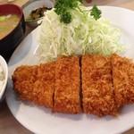 87854265 - ロース定食 ¥1,350