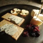 ザ・バンク - チーズ盛り合わせ