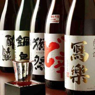 和食には日本酒がぴったり◎全国の地酒と本格焼酎を集めました