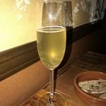 87858682 - スパークリングワイン