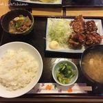 ともゑふぐ料理店 - とり唐揚げ定食(650円税込)