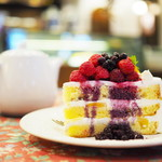 GROSVENOR CAFE - CAKE SET(ベリーショートと紅茶)