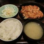 九州 熱中屋 - 博多鉄板餃子定食790円