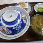 味松食堂 - 料理写真:かつ丼 700円