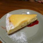 87876575 - ニューヨークチーズケーキ