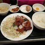 華龍飯店 神保町 - 鶏肉と山椒炒め定食750円