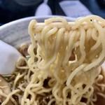 87877196 - 煮干しラーメンの中太麺ズーム