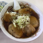 古久龍 - キャーーー!!!チャーシューメン!!!  やっぱり九頭龍じゃない、古久流はチャーシューメンです。 なんていいながら何処行ってもチャーシューメン食ってんですけど。